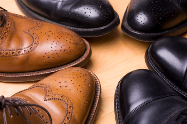 How to Get Smell Out of Leather Shoes